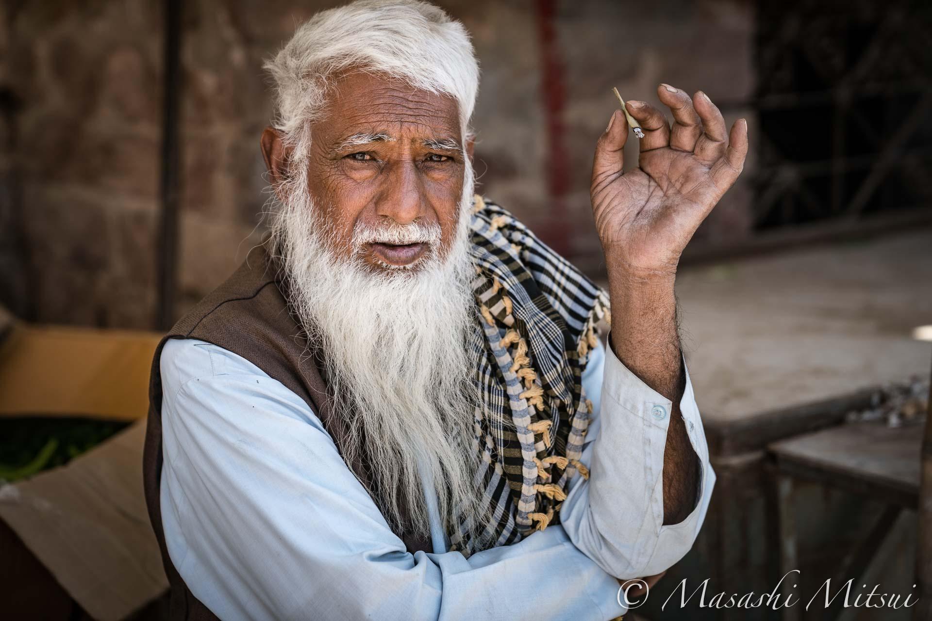india17-54709