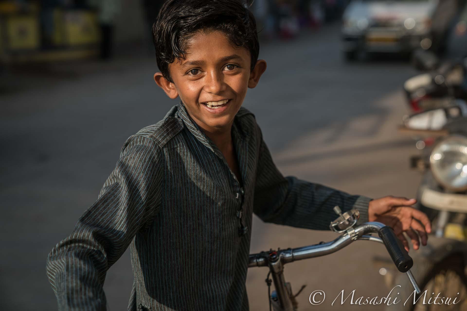 india17-35326