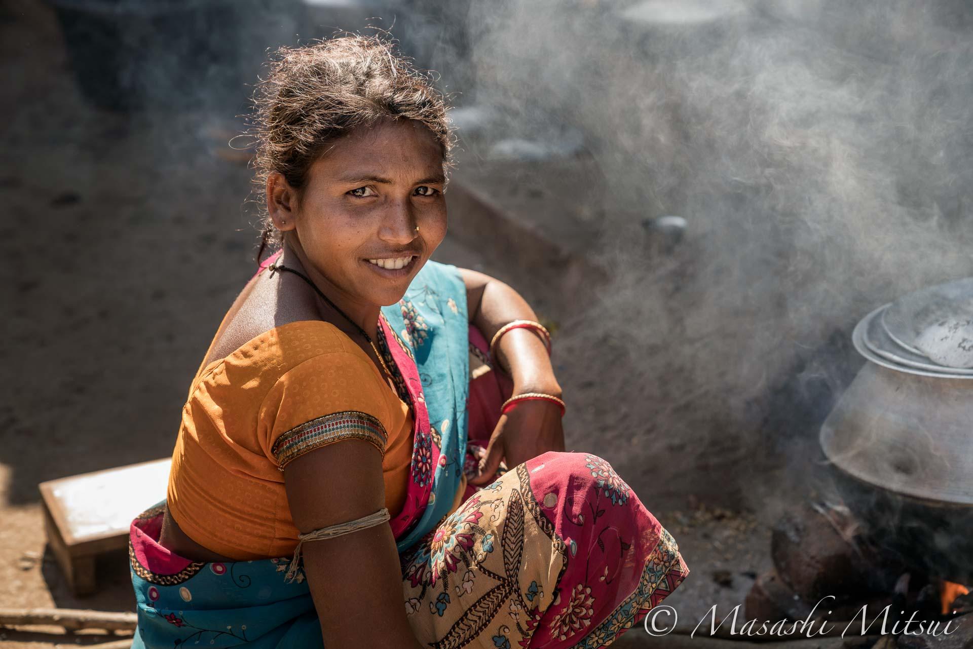 india18-05891