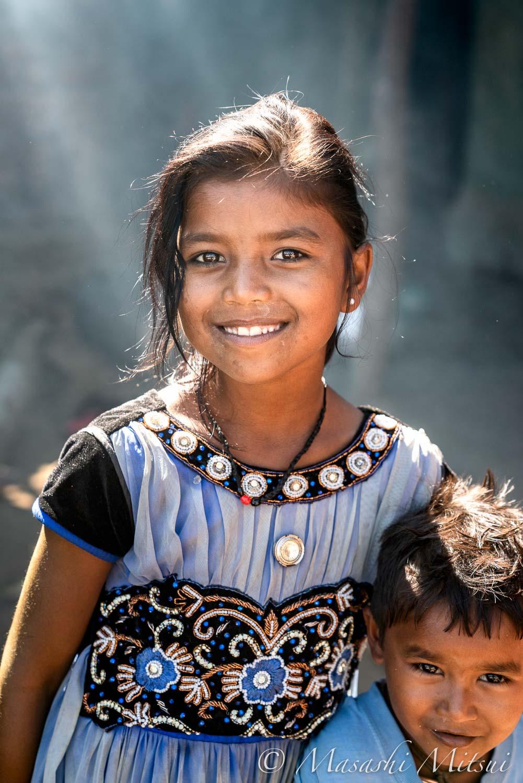 india18-05745