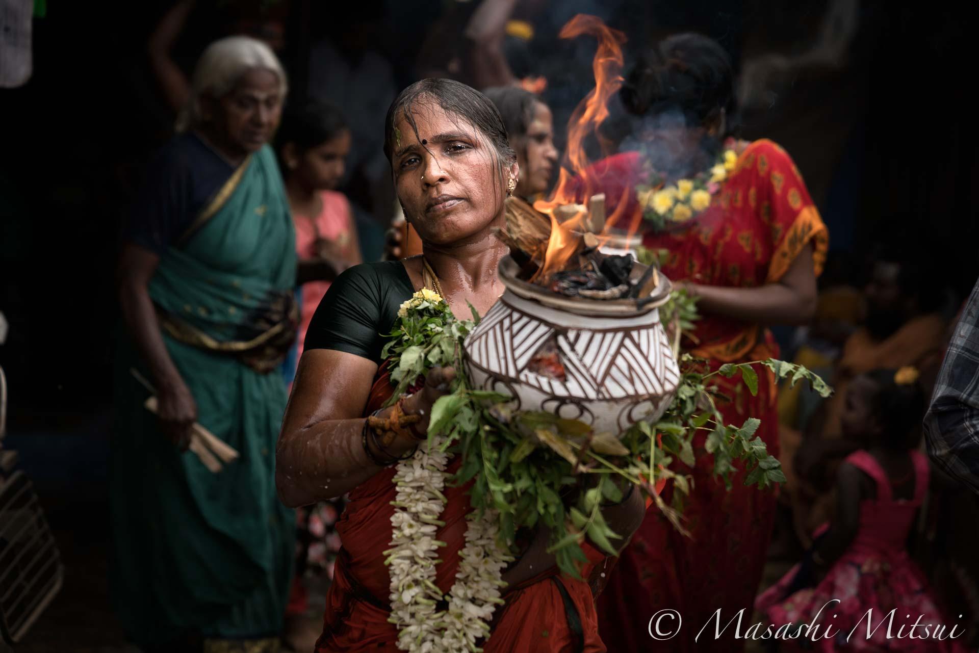 india18-20331