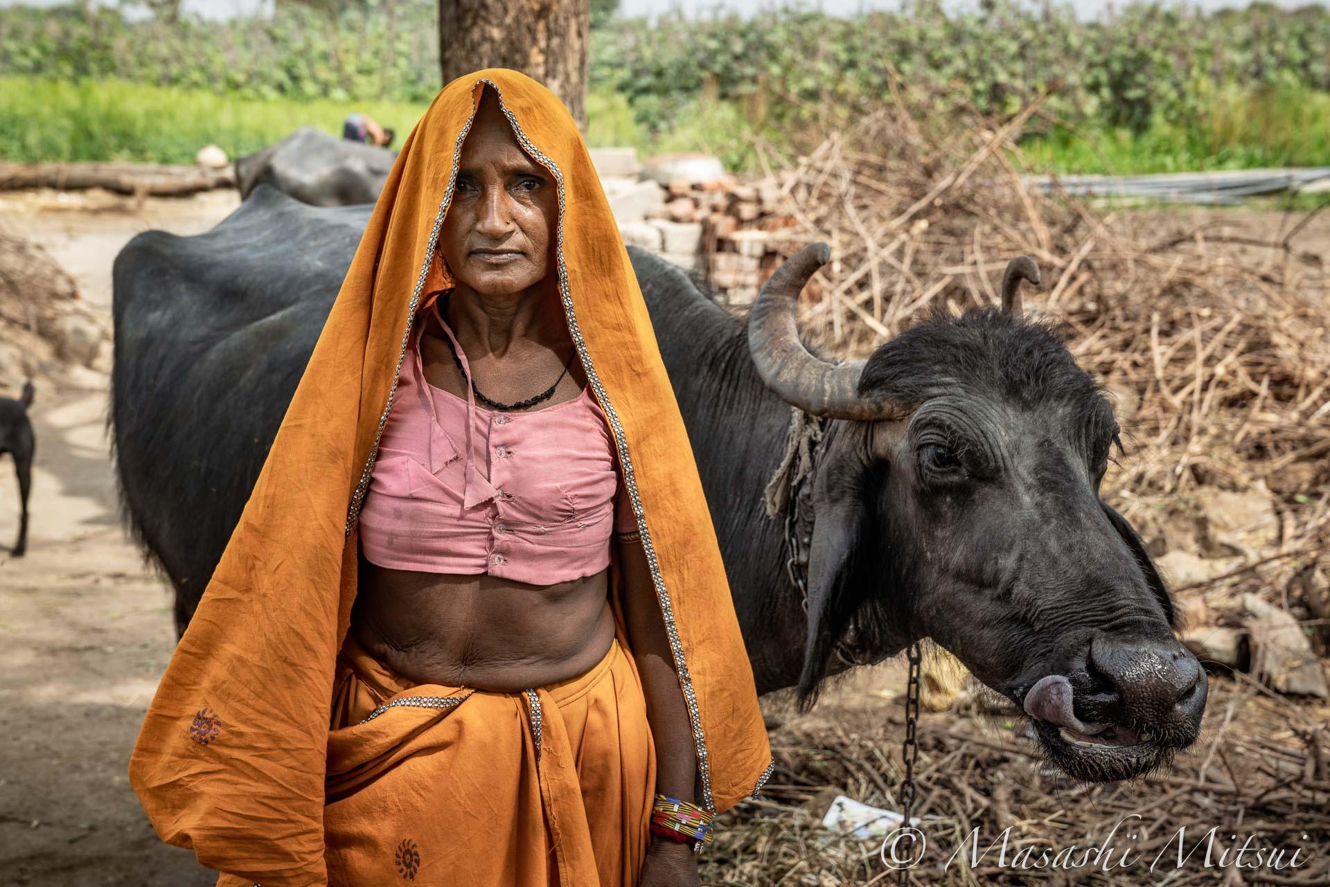 india18-55128
