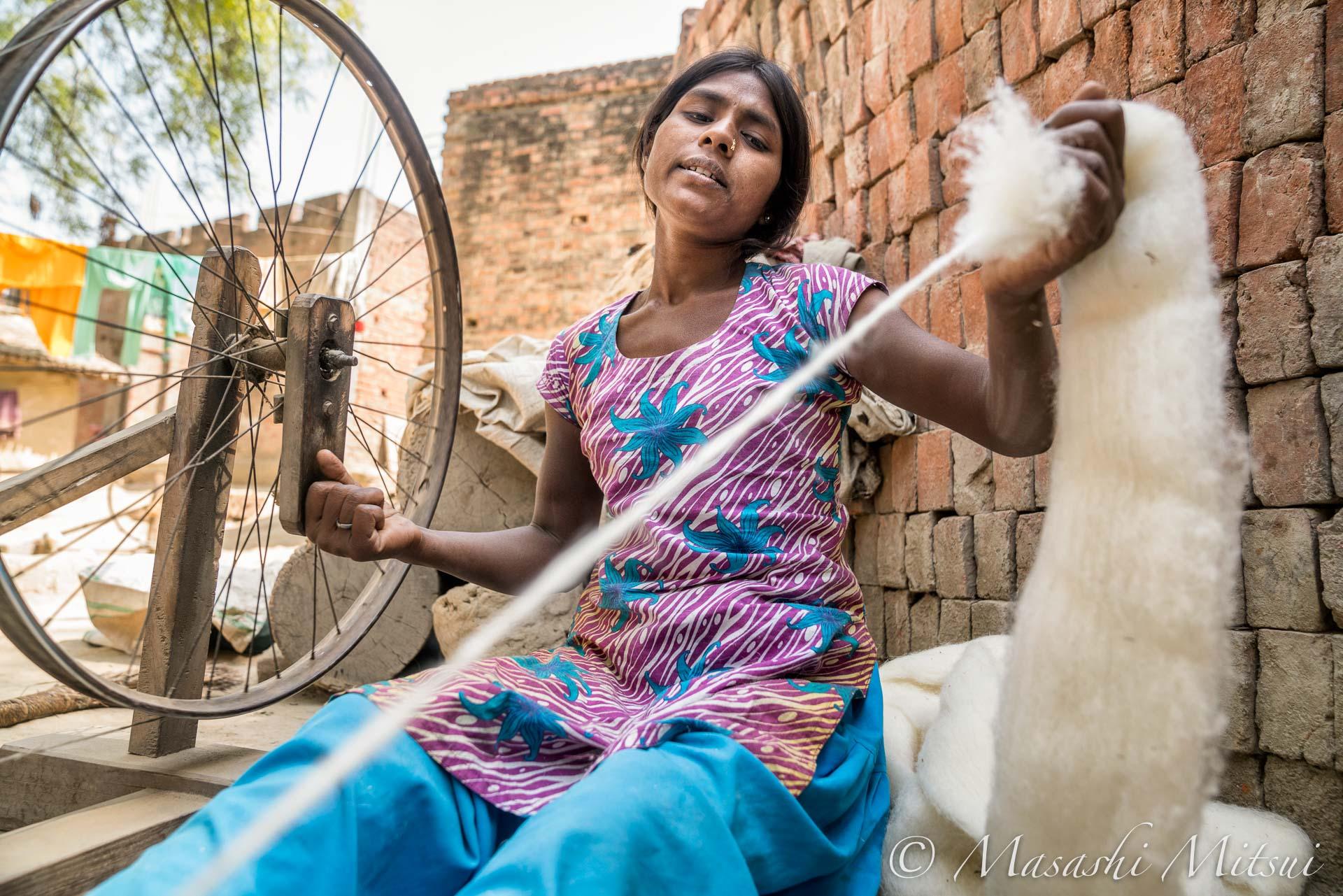 india18-76206