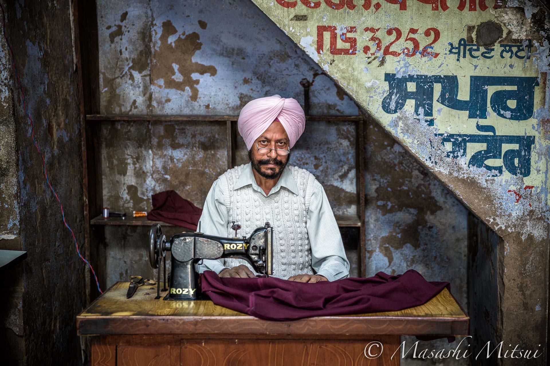india15-60118